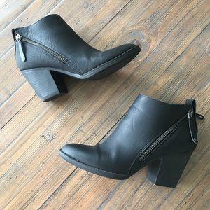 DV by Dolce Vita Jameson size 9 black ankle boots
